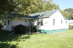 NEW LISTING $359,000 – 3655 KINSEY ROAD